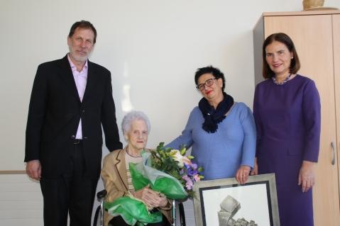 José Arriola, Emilia Capelástegui,  Magdalena García y Mercedes de la Sota